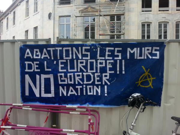Besançon, Francja: Obalić mury twierdzy Europa (i wszystkich państw)